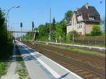 143 802 mit dem Baumbl�ten-Express (RE 28962) nach Werder(Havel) in Priort. 07.05.2011