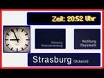 Auf dem Bahnhof Strasburg (Uckermark) wird der Ausfall der Zugkreuzung mit Begründung über die Fahrgastinformation angezeigt und durchgesagt. - 07.11.2014