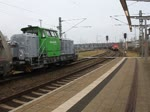 298 310-4'DB Schenker' mit Düngerzug von Rostock-Bramow nach Poppendorf bei der Durchfahrt im Rostocker Hbf.05.02.2016