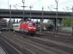 120 115-1 verlässt mit einem IC Hamburg-Harburg 20.4.2016