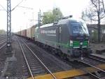 ELL 193 210 unterwegs für SBB Cargo fährt in Hamburg-Harburg ein und kommt vor einem Roten Signal zum stehen 20.4.2016