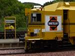 Gleisstopfmaschine Type Unimat 09 – 32/4S Dynamic, der Schienenbaufirma SWIETELSKY G.m.b.H., eine kontinuierlich arbeitende Zweischwellen- Nivellier-, Hebe-, Richt- und Stopfmaschine für Gleise und Weichen mit 3-Strang-Hebung und 4-Strang- ...