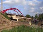 Am 10.06.16 wurden 242 211-1, 464 102, T211 0101 und T435 1045 nach Sokolov überführt. Da der Zug mit viel Verspätung kam, war die Brücke in Tršnice die einzige Möglichkeit.