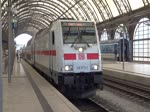 Die 146 573 verlässt den Dresdner Hauptbahnfof Richtung Köln Hbf mit einem neuen IC2. 12.09.2016