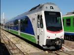 Dreiteilige Triebzüge (ST) von Stadler der Ferrovie Appulo Lucane (FAl) im Streckennetz von Bari, aufgenommen am 13. und 14. November 2016.
