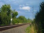 264 005-0 (TRG-Traingula Logistik GmbH) ist am 20.07.17 bei Plauen/V. mit einem Sandzug von Kayna nach Heilbronn zu sehen.