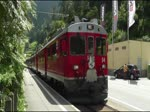 Halt des Bernina Express mit ABe 4/4 54 + 51 in Le Prese am 12. Juli 2017.