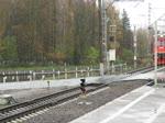Einfahrt von Triebzug ET2M / ЭТ2M 102 in den Bahnhof Kolpino, nähe Sankt Petersburg, 29.10.17