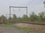 Am 14/04/2018 zog die 266 035 von Railtraxx einen gemischten Güterzug vom Maastal hoch in Richtung Montzen und Aachen-West. Das Video entstand in Berneau oberhalb von Visé.