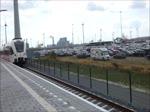 Die neue Bahnverbindung nach Borkum hat seit dem 28. März begonnen! Seit dem 28. März fahren die Züge von Groningen nach Roodeschool zum neuen Bahnhof Eemshaven Borkumkai bedient von Arriva mit Stadler GTW Zügen. 18.08.2018 Aufnahme